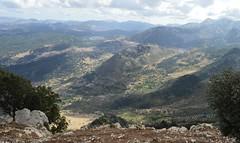 SIERRA DE GRAZALEMA (DAGM4) Tags: espaa naturaleza mountains clouds landscape freshair spain europa shadows air andalucia fresh cadiz montaas grazalema puertodelaspalomas inmensidad immensity sierradegrazalema provinciadecadiz