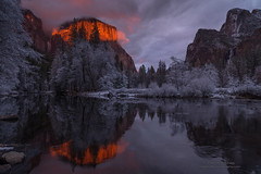 Thanksgiving's Sunset (Darvin Atkeson) Tags: california park mountains clouds forest nevada canyon sierra glacier national valley yosemite halfdome rest bridalveil elcapitan darvin atkeson darv lynneal yosemitelandscapescom