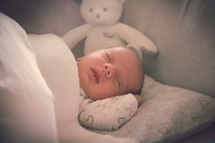 Ainhoa  (25 das) (Juanedc) Tags: baby girl beautiful face spain eyes cara zaragoza ojos newborn aragon bebe hermosa saragossa beba ainhoa neonato valdespartera espaa nia
