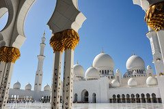 Sheikh Zayed Grand Mosque (Gabriel Bussi) Tags: abu dhabi sheikh zayed grand mosque moschee mezquita islam united arab emirates emiratos arabes unidos vereinigte arabische emirate units uniti