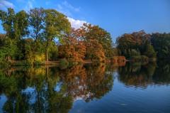 Wittringen 3 (mmbottrop) Tags: pentax hdr k30 herbst see spiegelung bunt blätter wittringen denkmal autumn bunte laub lake reflection outdoor heiter