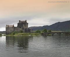 CASTILLO DE EILEAN DONAN (ESCOCIA) (marianoHERRERO.com) Tags: naturaleza nature paisaje landscape lago lake castle castillo scoland escocia eileandonan