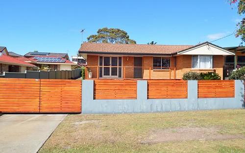 9 Phillip Drive, South West Rocks NSW 2431