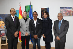 "Inauguración de la exposición ""Tierra Tricolor"" de Julio Reyes • <a style=""font-size:0.8em;"" href=""http://www.flickr.com/photos/136092263@N07/31714625414/"" target=""_blank"">View on Flickr</a>"
