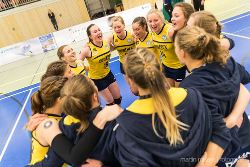 "3. Heimspiel vs. Volleyball-Team Hamburg • <a style=""font-size:0.8em;"" href=""http://www.flickr.com/photos/88608964@N07/32003258813/"" target=""_blank"">View on Flickr</a>"
