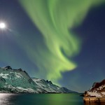 The Moon and the Aurora thumbnail