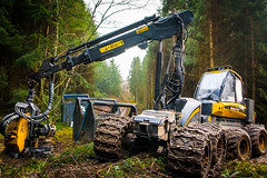 boys' toys (9) (grahamrobb888) Tags: nikon nikond800 sigma20mmf18 sigma birnamwood forest trees machinery industry perthshire scotland mud