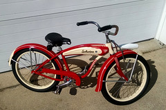 "1055 (BarneyGoogle99) Tags: red 1948 bicycle stand tank balloon ivory tire chrome spitfire brake pedals handlebar horn schwinn coaster juvenile rods 1949 saddle dx truss grips bendix troxel 20"" mesinger"