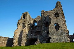 Auchindoun Castle 4 (Glesgaloon) Tags: history castles scotland ruins historical moray historicbuildings dufftown scottishcastles scottishcastle auchindoun scottishruins