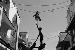 Dahi handi celebration (Rahul Gaywala) Tags: india festival krishna hindu gujarat surat handi dahi