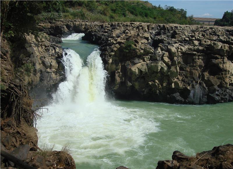 dray-sap-waterfall-858