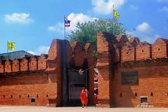 Thapae Gate,  (ol'pete) Tags: thailand buddhist monk chiangmai 2015    thapaegate earthasia   chiangmai2015