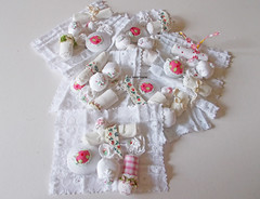 Button cloth (contemporary embroidery) Tags: buttons haberdashery fastenings toggles suffolkpuffs embroideredbuttons