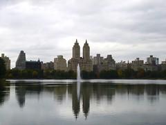 Trip to NYC (heytampa) Tags: nyc newyorkcity lake ny newyork fountain skyline skyscrapers centralpark manhattan reservoir jacquelinekennedyonassisreservoir