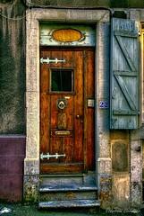 Boulogne Doorway