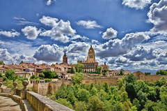 Segovia (2).- (ancama_99(toni)) Tags: city espaa spain nikon cityscape segovia 10favs 10faves 35favs 25favs 35faves 25faves d7000
