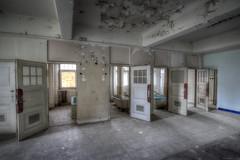 bathroom (Foto_Fix_Automat) Tags: bad shooting bathtubs verlassen urbex marode lostplace urbanfotografie