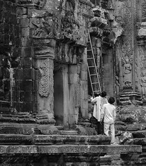 Raiders (Dave Awtrey) Tags: cambodia angkor