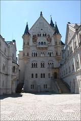 Castillo de Neuschwanstein (Schwangau, 19-7-2016) (Juanje Orío) Tags: schwangau alemania 2016 castillo palacio pintura escalera veleta neuschwanstein baviera sigloxix