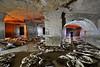 Consolidation dans une champignonnière (flallier) Tags: carrière souterraine calcaire underground limestone quarry champignonnière arche voûte silhouette backlighting pilierstournés mushroomcultivation