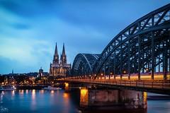 Cologne Cathedral (stein.anthony) Tags: cityscape cityhighlight stadt köln cologne sonnenaufgang sunset clouds wolken langzeitbelichtung longexposure architektur architecture brücke dom hohenzollernbrücke