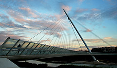 Urban bridge (Daniel Nebreda Lucea) Tags: bridge puente architecture arquitectura building edificio structure estructura clouds sky cielo landscape paisaje lines lineas urban urbano street calle city ciudad travel viajar zaragoza aragon spain españa sunset atardecer light luz canon 60d cloudy nublado color colores colors life vida modern moderno art arte nature naturaleza europe europa sunrise nubes nwn