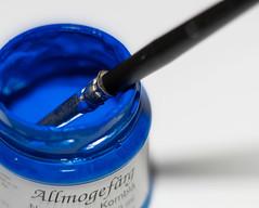 Kreativ (Explore 2017-02-05) (nillamaria) Tags: fotosondag fs170205 kreativ creative blue paint hobbyfärg