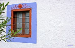 Traditional window in Greece (George @) Tags: τοίχοσ wall white window παράθυρο wood cottagecurtains house old home street traditional beautiful lonely serenity painting χρώματα colours colorful exterior διακόσμηση decoration decorated decorative decor facade design architecture village classic brown travel ekdromes ταξίδι vacation holidays διακοπέσ george papaki eyes greece greek ελλάδα photographyphotomaniagreecevisitgreecegreekphotographerslandscapephotographyeuropeanphotographynaturephotographyamazing seeninmacedoniagroup photography photografer photografia