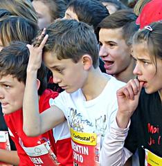 Hair check (Cavabienmerci) Tags: boy boys running run race lauf laufen läufer sports sport course à pied coureur coureurs runners schweiz suisse switzerland kid kids sion sitten de noel titzé 2016