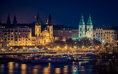 Budapest by night (Vagelis Pikoulas) Tags: budapest pest city cityscape night nightscape long exposure canon 6d tamron 70200mm vc view landscape hungary europe travel river danube lights 2016 november autumn
