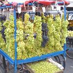 Weintraubenstand in Hyderabad, Indien