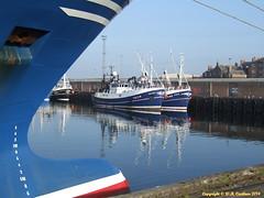 Peterhead Harbour (bluetoonloon) Tags: port boat fishing aberdeenshire harbour buchan peterhead bluetoonloon