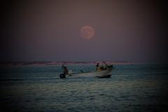 Algarve Portugal (RaFa BeFFa) Tags: love atardecer amor luna patera
