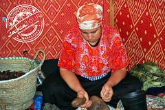 cooperativa de mujeres aceite de argan (sahatours) Tags: africa nikon morocco maroc marocco marruecos marrocos travelphotography travelphoto arganoil