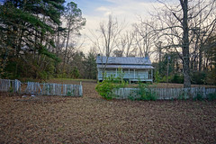 (farenough) Tags: abandoned alabama al south rural rurex decay wander explore road outdoor photo history old memory cabin farm plantation forgotten