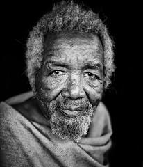 Etiopia (mokyphotography) Tags: etiopia ritratto portrait people persone eyes occhi viso face viaggio travel tribù tribe etnia ethnicity omovalley valledellomo southetiopia bw bianconero blackwhite