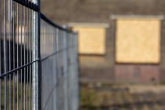 Dichtgetimmerd (Ernst-Jan de Vries) Tags: ef50mmf14usm bokeh 50mm canon canoneos60d urban architecture demolishing fence hek sloop dichtgetimmerd nieuwweerdinge emmen drenthe