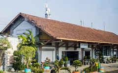 Gedangan Spoorwegstation (Bramantiyo Marjuki) Tags: building heritage dutch station architecture indonesia kai stasiun kereta nederlandsch indische eastjava gedangan