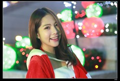 nEO_IMG_DP1U0861 (c0466art) Tags: christmas light cute girl smile face canon square happy store eyes colorful pretty bright sweet gorgeous taipei lamps feeling lovely charming decroration 1dx c0466art  department