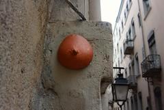 Intra Larue 867 (intra.larue) Tags: intra urbain urban art moulage sein pecho moulding breast teta seno brust formen téton street arte urbano pit lyon
