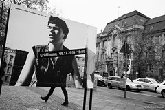Kreuzberg-Amerika (michael.mu) Tags: leica m240 35mm leicasummicronm1235mmasph leicasummicron35mmf20asph berlin germany kreuzberg amerika co streetphotography silverefexpro bw blackandwhite monochrome sign
