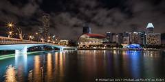 Jubilee Bridge and Esplanade (20161230-DSC00310-Edit) (Michael.Lee.Pics.NYC) Tags: singapore marinabay jubileebridge esplanade marinacentre milleniatower swissotel night cityscape architecture reflection longexposure merlionpark pier sony a7rm2 zeissloxia21mmf28