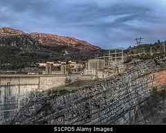 Photo accepted by Stockimo (vanya.bovajo) Tags: stockimo iphonegraphy iphone dam lake castillon lac de electricity power station water hydroelectric hydro generator