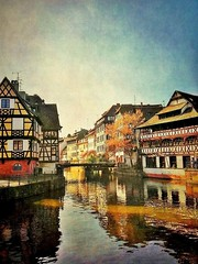 La Petite France à Strasbourg (Alsace, Bas-Rhin) (mamietherese1) Tags: magicunicornverybest saariysqualitypictures coppercloudsilvernsun world100f flickrdiamond diamondclassphotographer phvalue legacy abigfave netartii artdigital flickrsbest overtheexcellence artcityartists