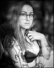 Minnie Mathilda (Erik.Groß) Tags: ishootfilm mediumformat girlsonfilm minniemathilda herbeautymag filmisnotdead filmphotography analogphotography pentax67 6x7 tattooedgirls tattoos erikgrossphoto
