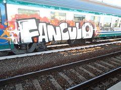fanculo (en-ri) Tags: yoga train writing torino graffiti 15 xv mira rosso bianco nero 2015 fanculo clito