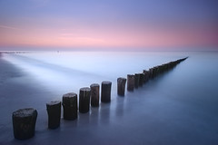 Cadzand-Bad dusk (Dariusz Wieclawski) Tags: longexposure sea seascape ava seaside nikon dusk cadzand breakwater carlzeiss cadzandbad leefilters zf2 distagont3518 dutchseaside nikondslrcarlzeiss