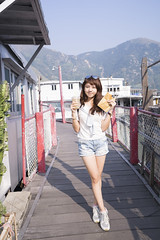 JAM X  X  X  (SiuYu ) Tags: autumn sunset hk sun white cute sunglasses zeiss 35mm season hongkong evening hiking weekend dolphin sony bobo chinese happiness tai dating  fe lovely za  f28 f4 autumnal   taio      2470mm   youtube 2470      a7r     youtuber  jam  j