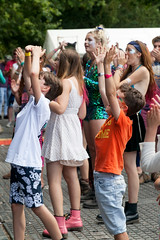 2015_CarolynWhite_Friday (75) (Larmer Tree) Tags: children dance friday 2015 handsintheair mainlawn carolynwhite