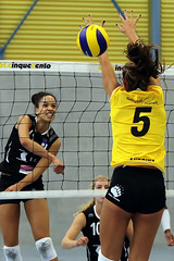 GO4G3687_R.Varadi_R.Varadi (Robi33) Tags: game girl sport ball switzerland championship team women action basel tournament match network volleyball block volley referees viewers